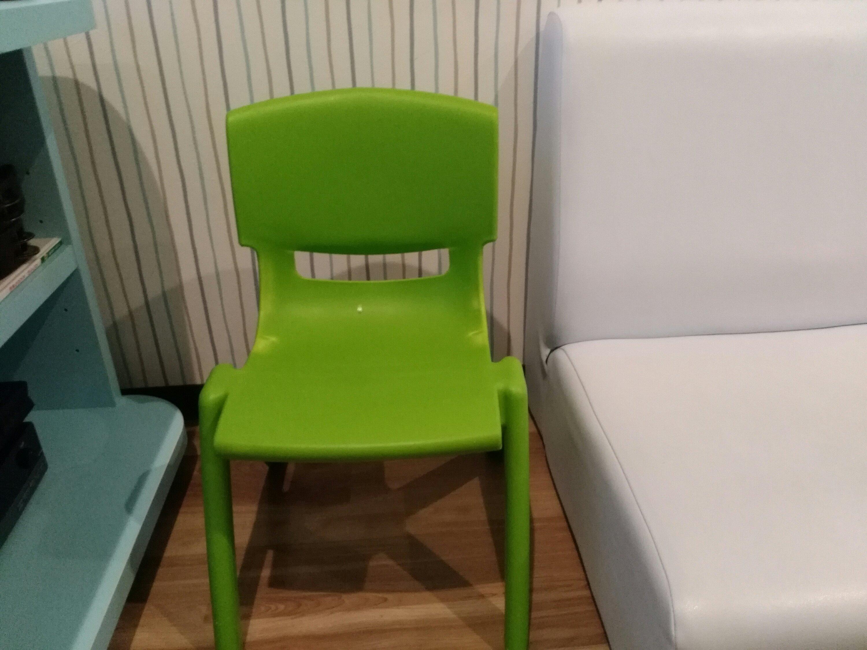 まねきねこ 子供用椅子