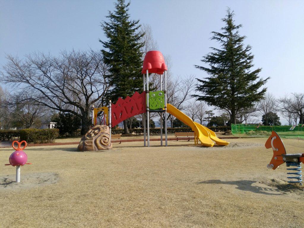 角田中央公園 すべり台