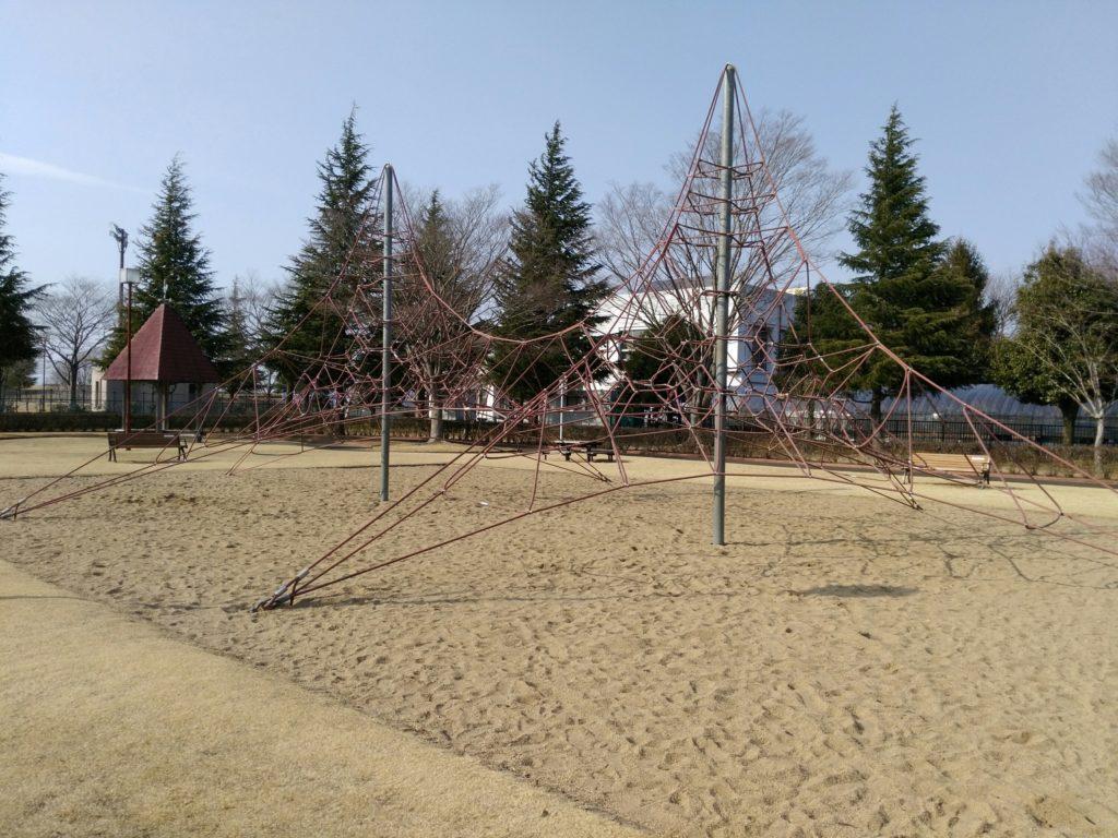 角田中央公園 遊具 ジャングルジム