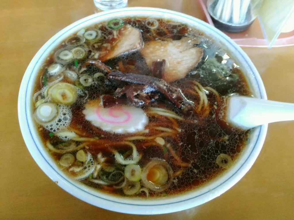 角田市 光華飯店 ブラック ラーメン