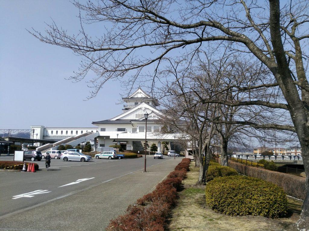 亘理駅前 桜