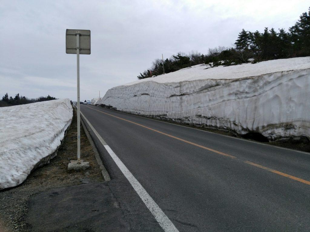 蔵王エコーライン 雪の壁 2018年5月2日