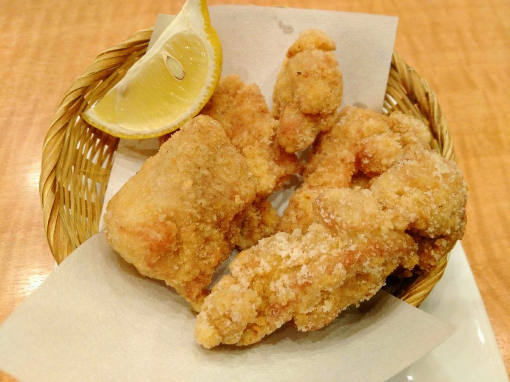 魚民の自家製若鶏の唐揚げ