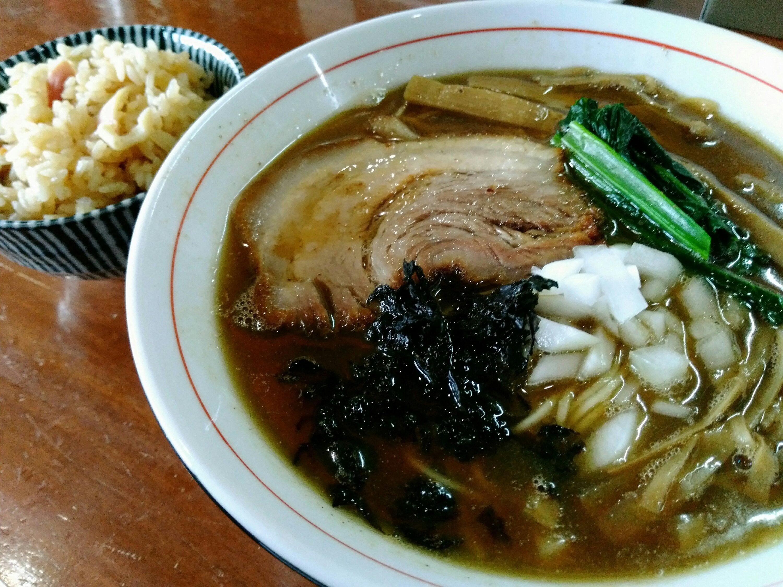 亘理町中華蕎麦會煮干しラーメンとほっき飯
