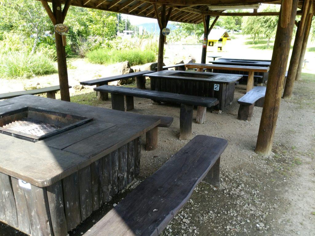 白石市グリーンパーク不忘のバーベキュー休憩所