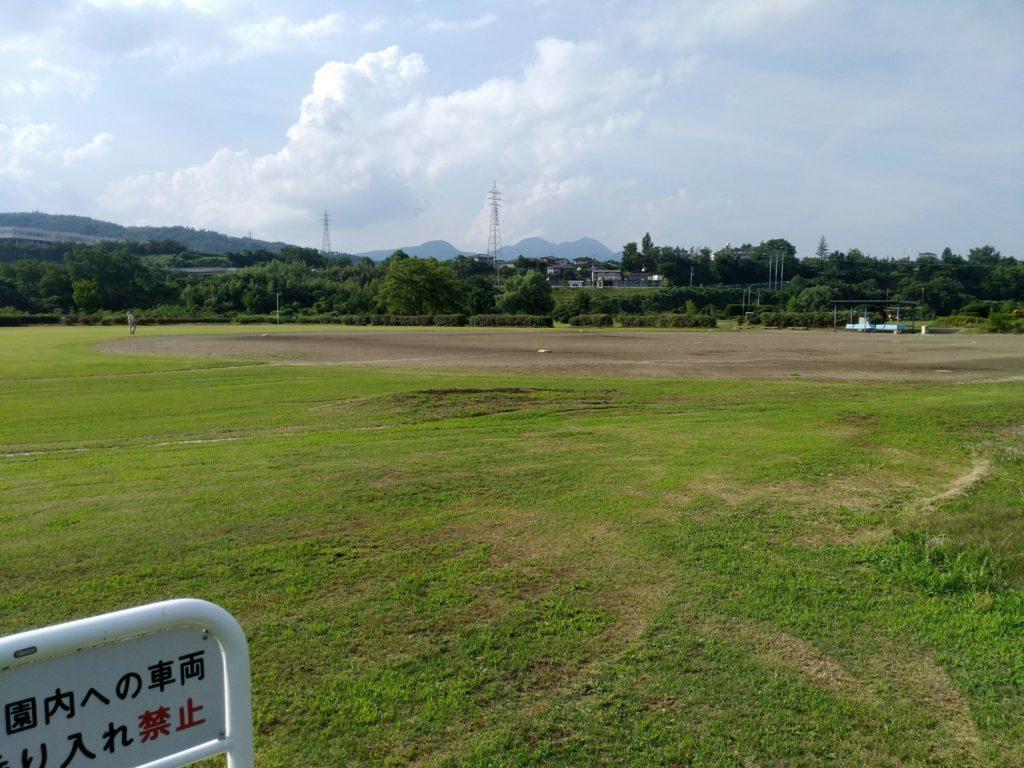 白石市 白石川緑地公園の野球場