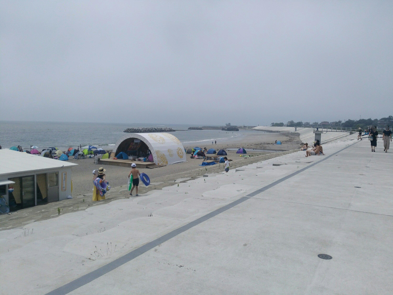 菖蒲田海水浴場の南側