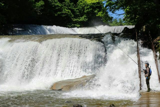 七ヶ宿町の滑津大滝