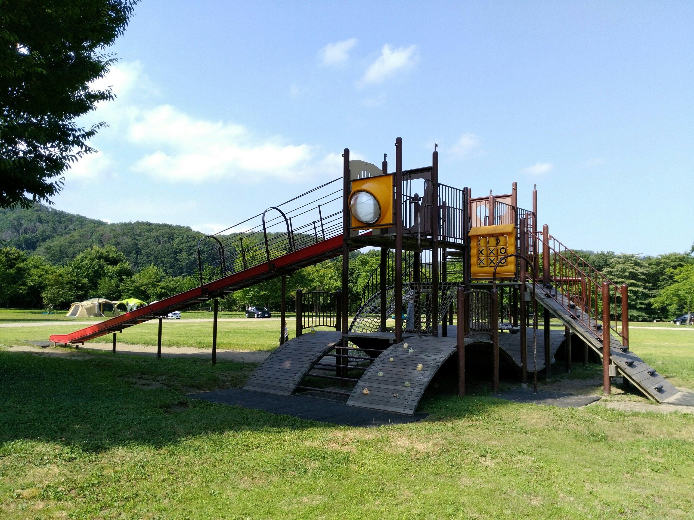 川崎町エコキャンプみちのくのアスレチック遊具