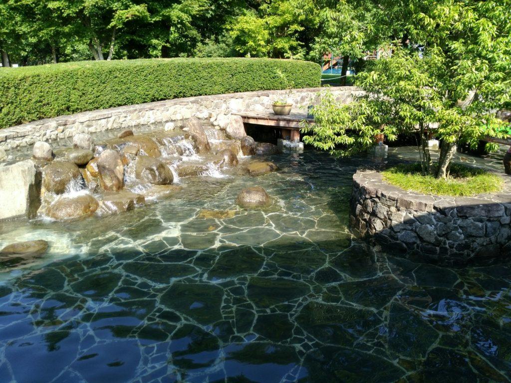川崎町エコキャンプみちのくで川遊び