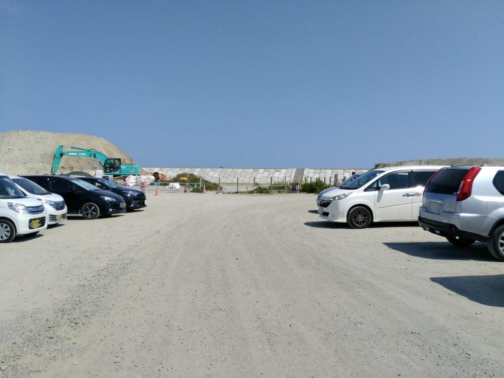 ゆりあげビーチの駐車場