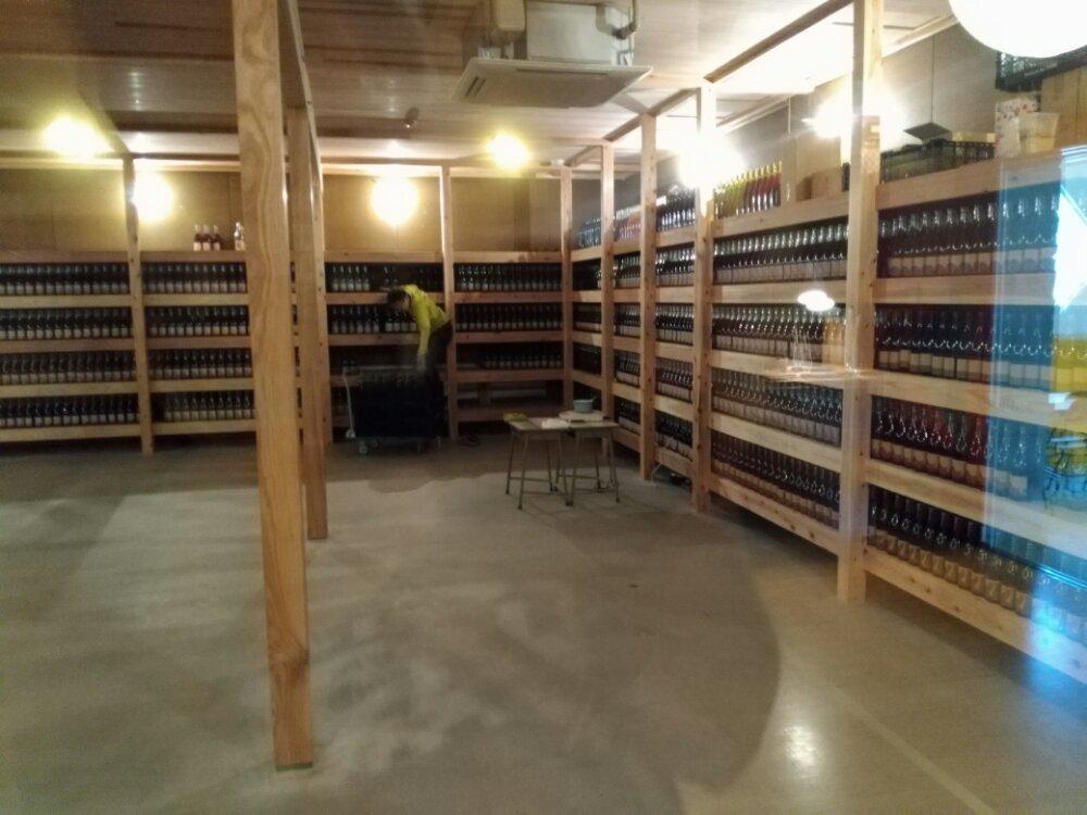 川崎町のワインセラー