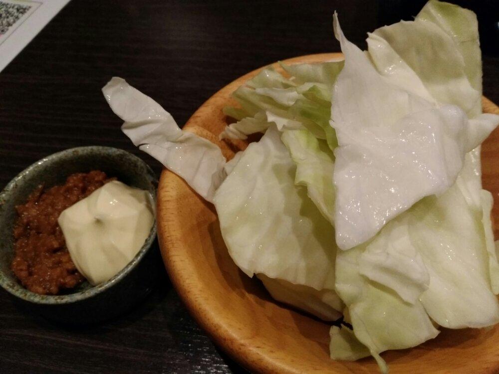 肉味噌生キャベツ
