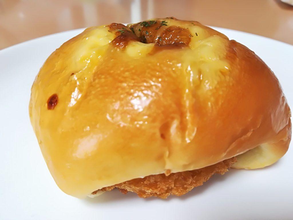 ベーカリー&カフェ キクチヤ コロッケパン