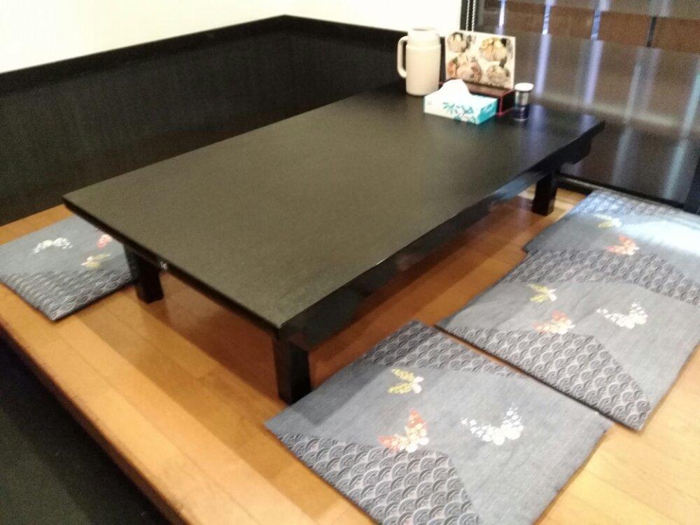 吉辰 テーブル席