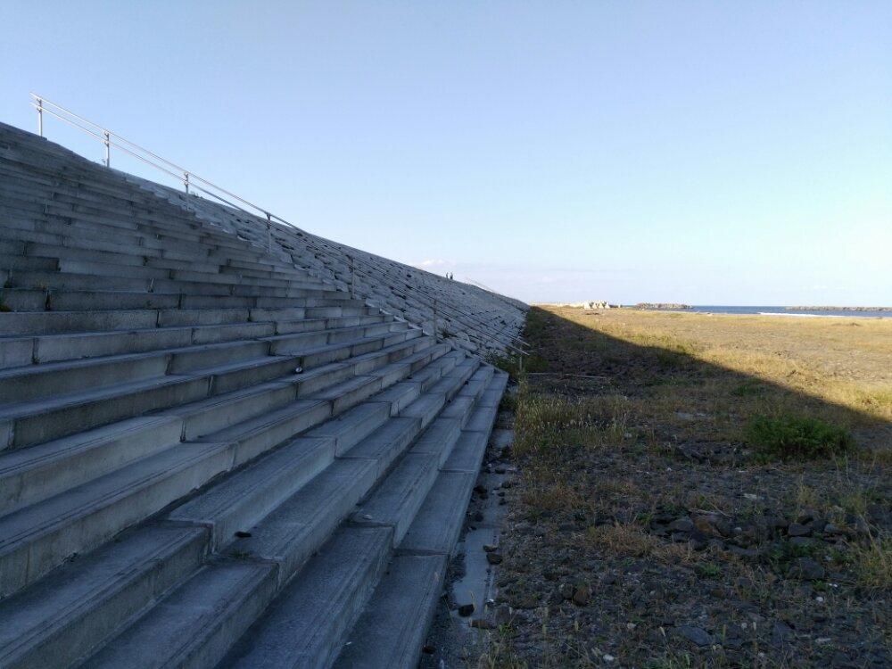 荒浜海岸 防潮堤