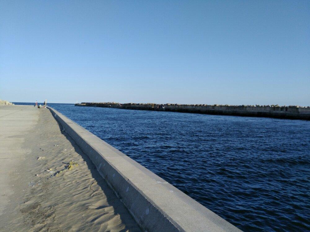 荒浜海岸の阿武隈川