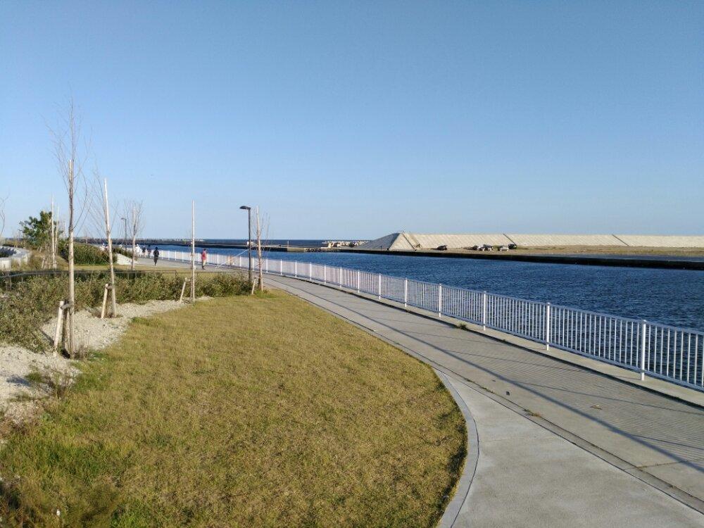 荒浜漁港公園 通路
