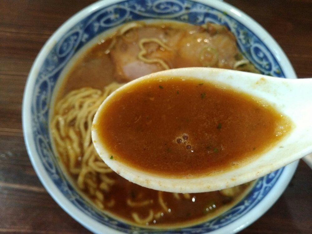 カレーラーメンのスープ