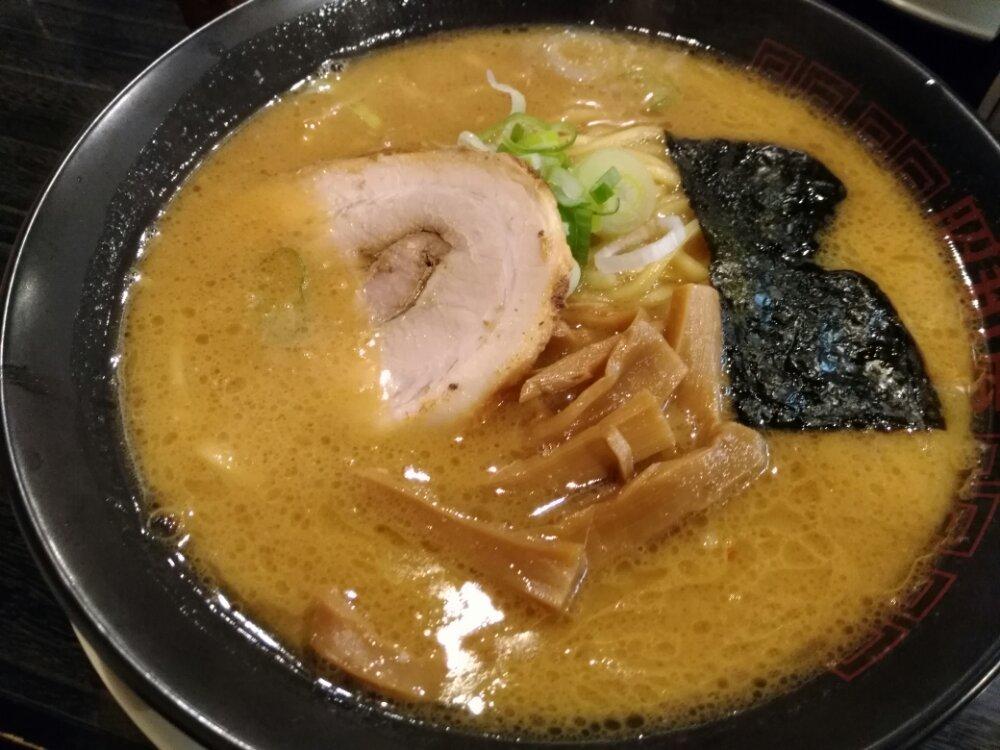 らーめん昭和屋名取店の味噌ラーメン
