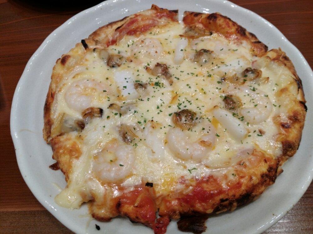 森のピザ工房ルヴォワールイオンモール名取店の海鮮ピザ
