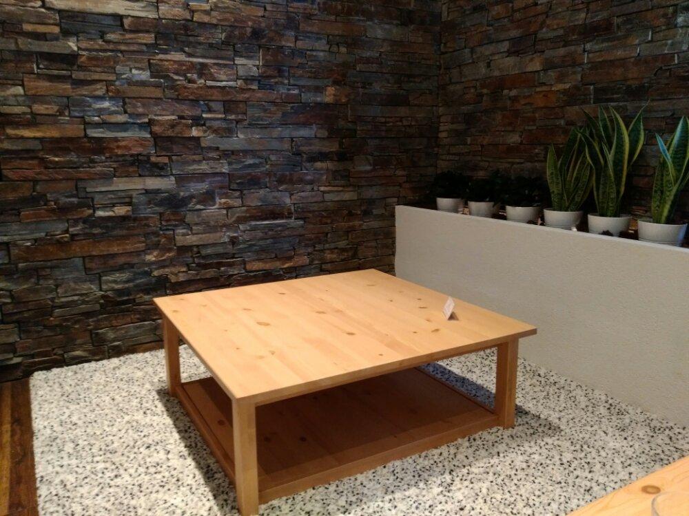名取市シチノカフェのテーブル