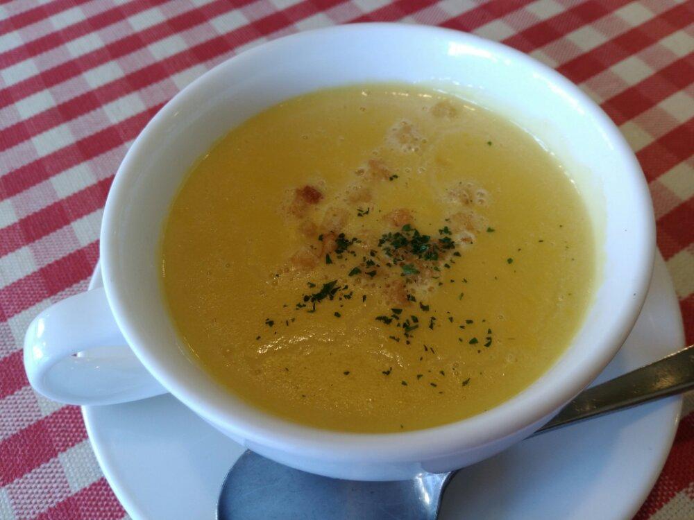 ハチのコーンスープ