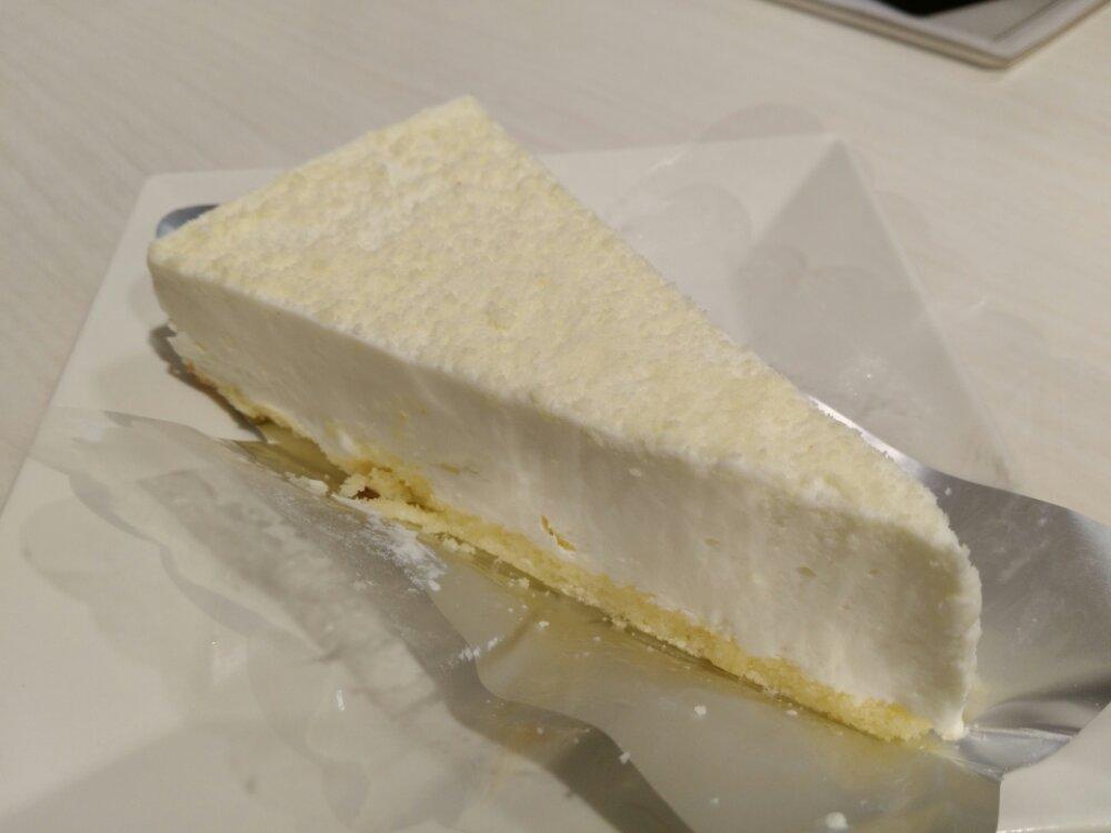 魚べいのレアチーズケーキ