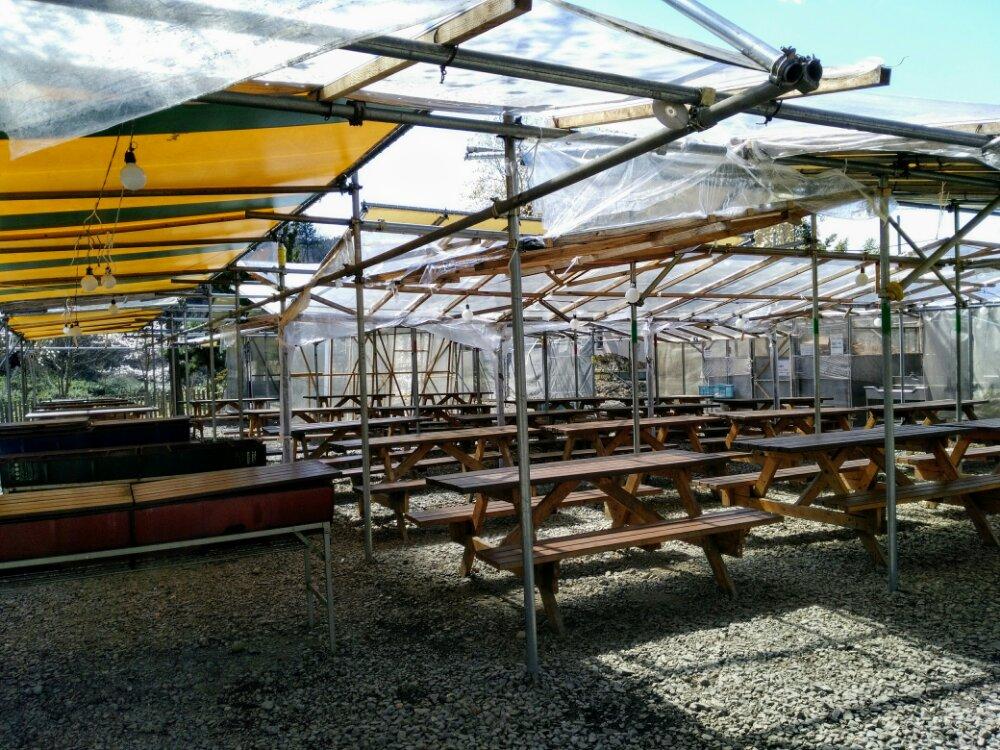 茂庭荘の屋根付きバーベキュー広場