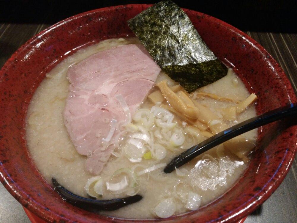 らーめん屋本舗 麺龍の鶏白湯