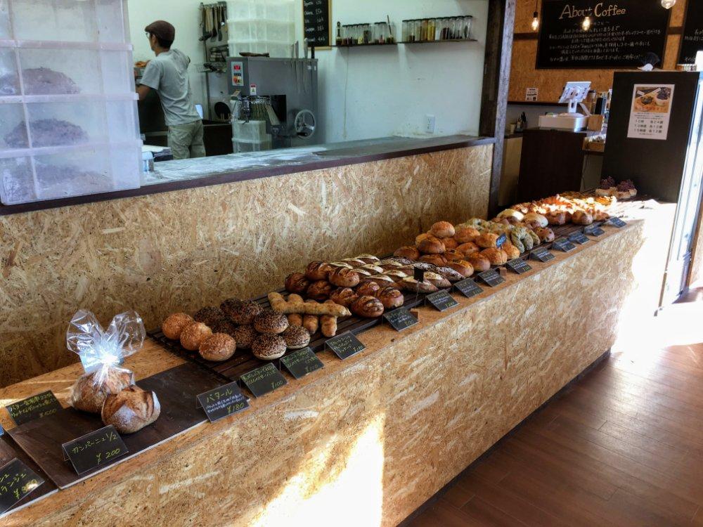 たくさんのパンたち