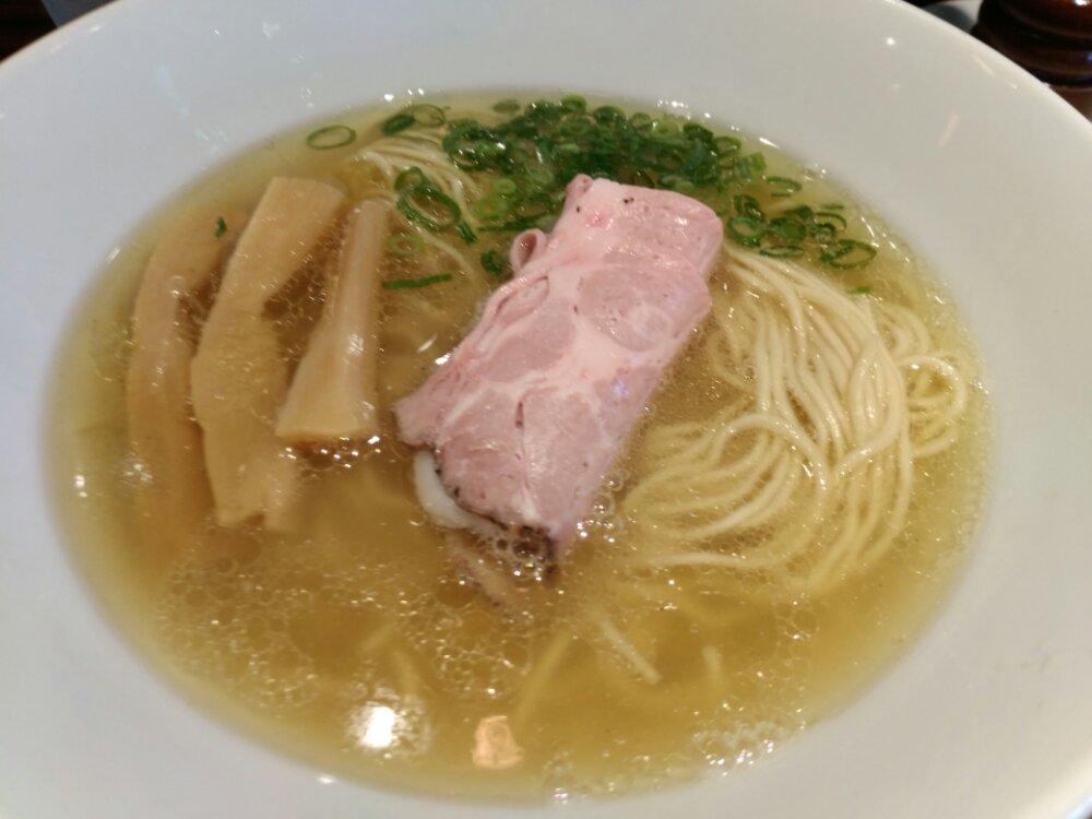 らーめん本竈 仙台エスパル店の塩ラーメン