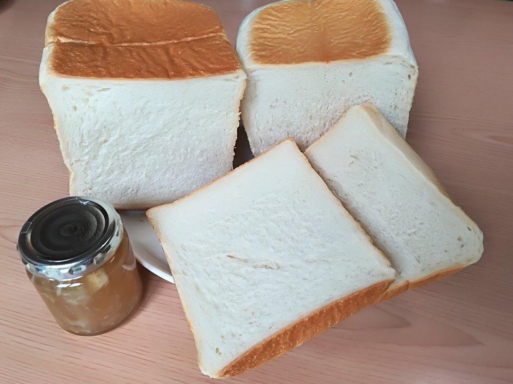 食パン道のプレーンとゆたか