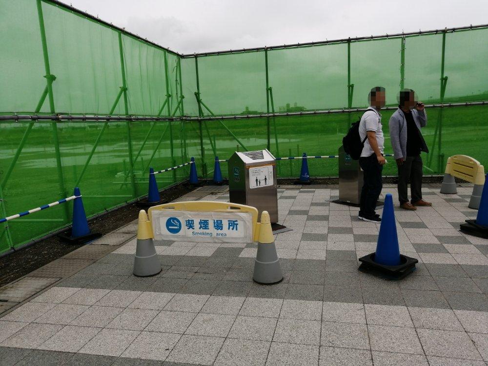 仙台うみの杜水族館の喫煙所