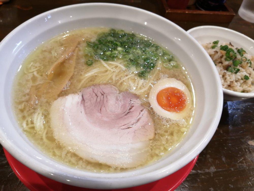 南光台 麺王道 勝