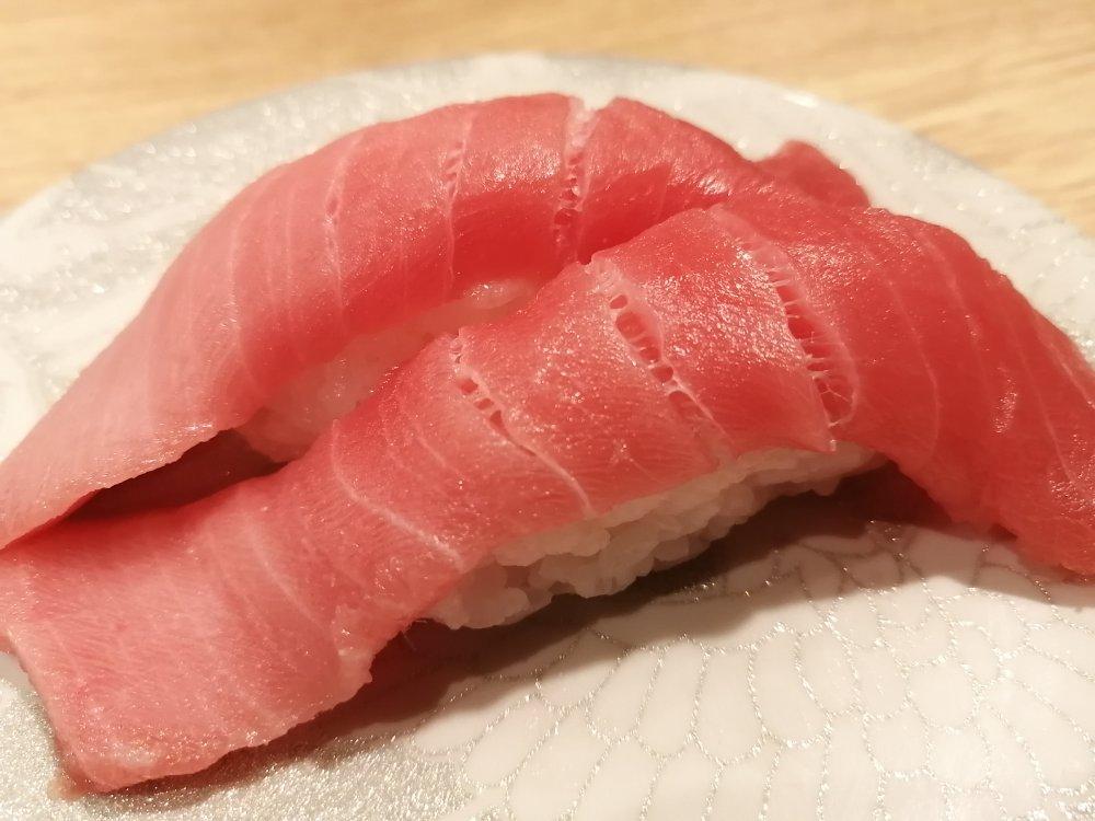 函館回転寿司 函太郎 仙台ララガーデン長町店の本マグロ中トロ