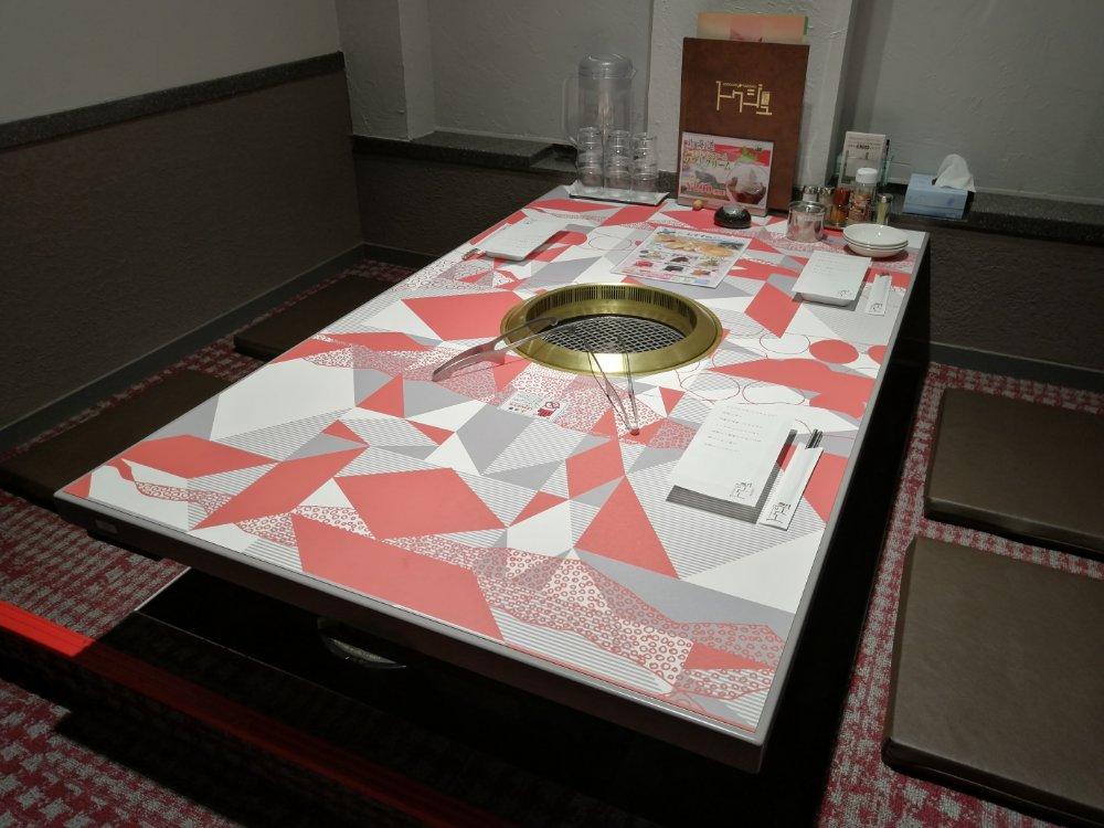 北海道焼肉トクジュ 仙台長町店の店内