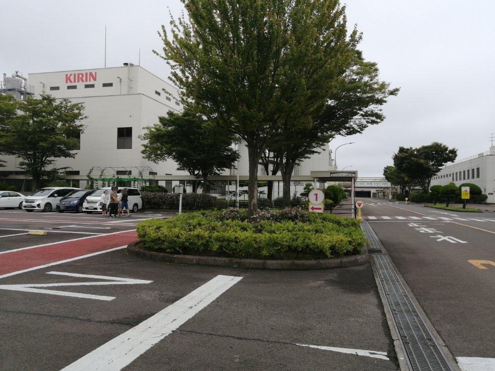 キリンビール仙台工場の駐車場