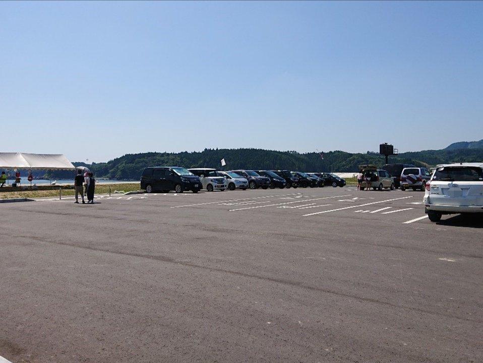 小泉海水浴場の駐車場