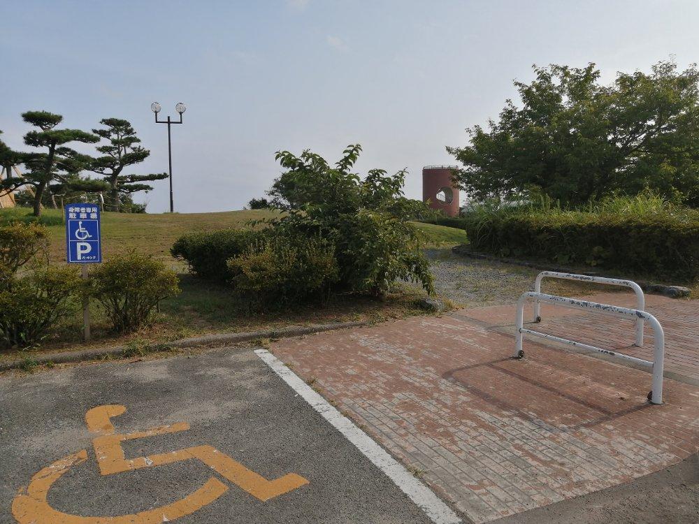 潮見台の駐車場