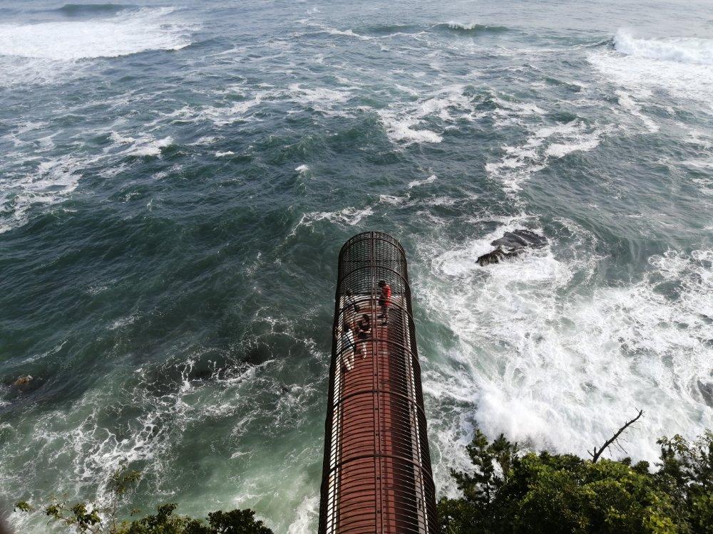 潮見台の展望通路