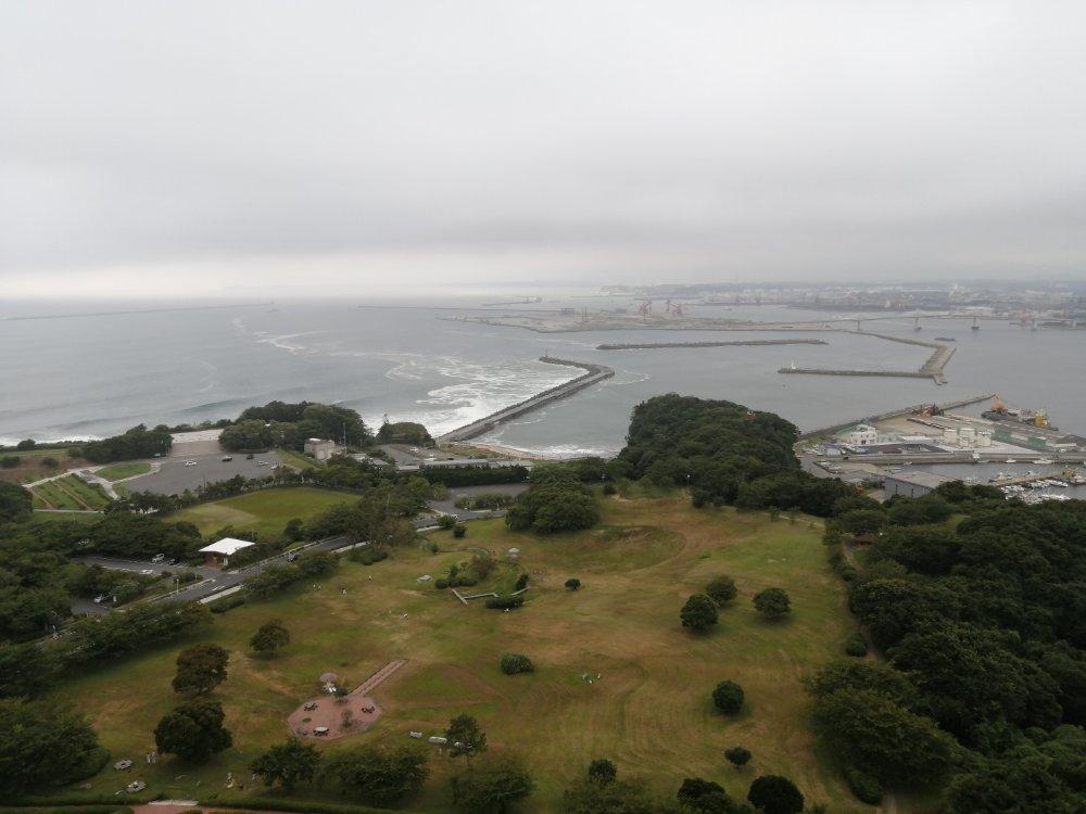 いわきマリンタワーから見た小名浜港