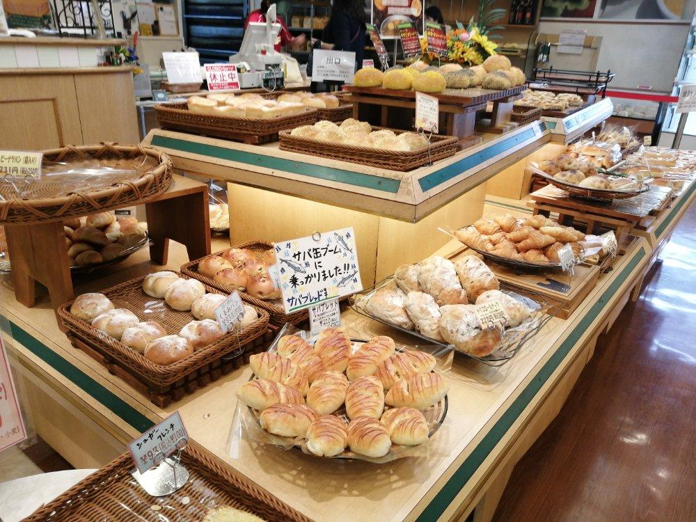 ベーカリーカフェ・デリーナ仙台駅店のパン