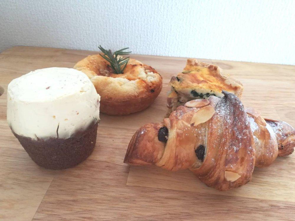 北仙台のカフェイマジネで人気のパンを購入
