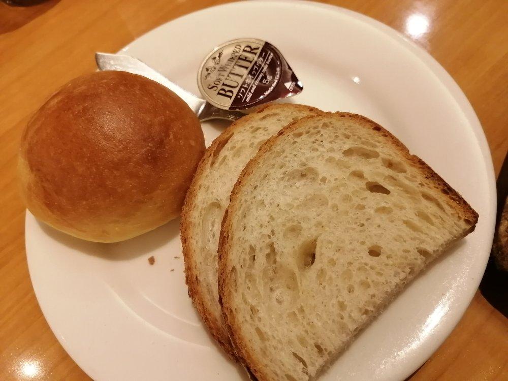 ステーキ宮のパン