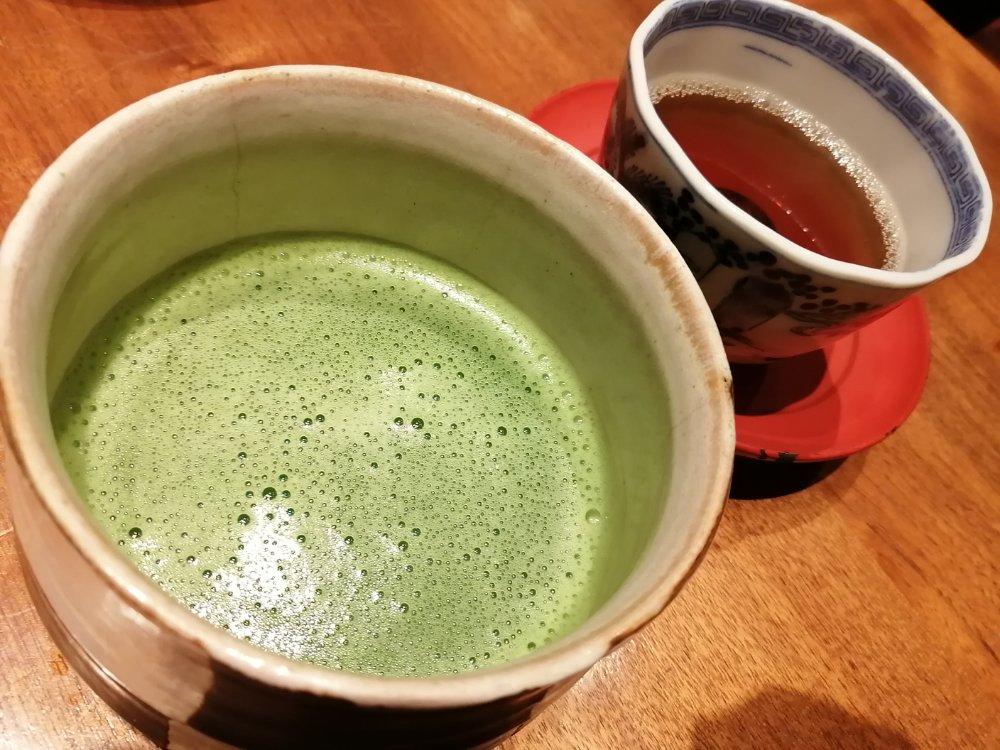 抹茶と黒豆茶