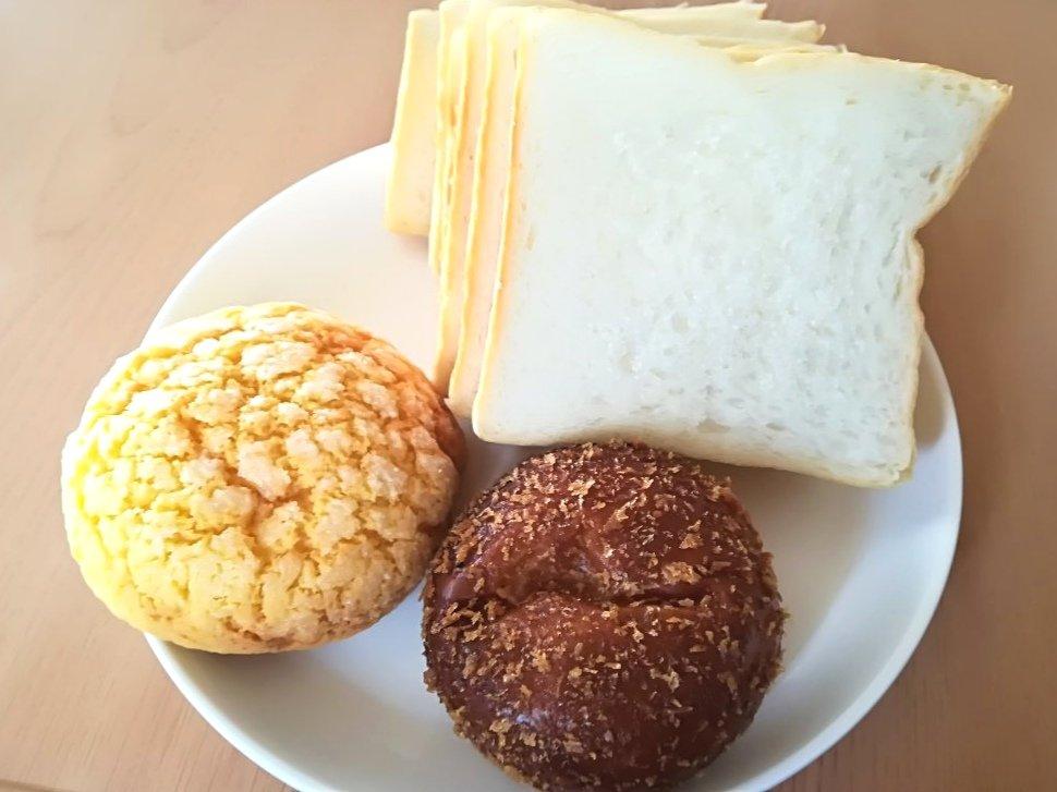 レピコロレのパン