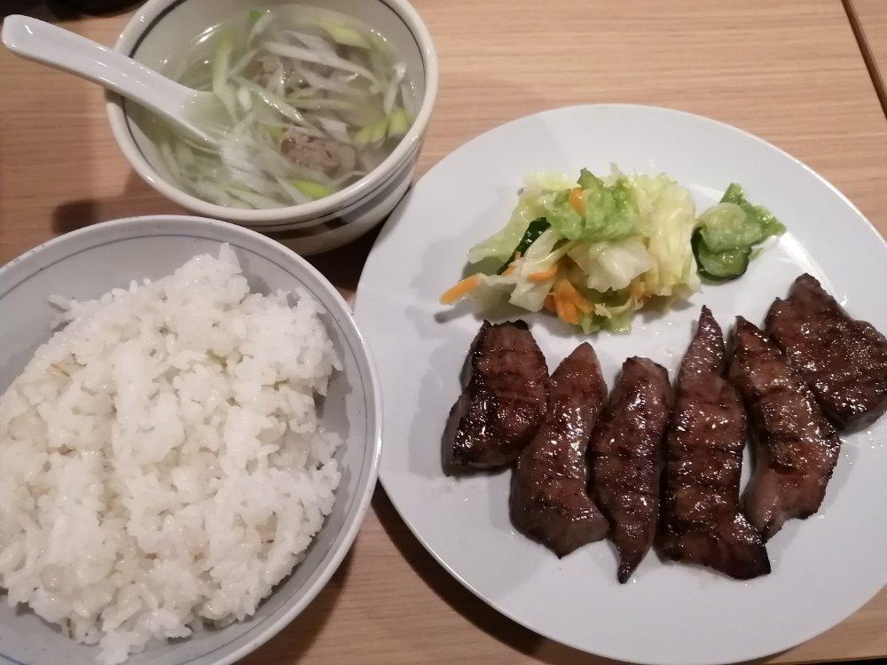 牛たん料理 閣(かく)三越前店の牛タン定食