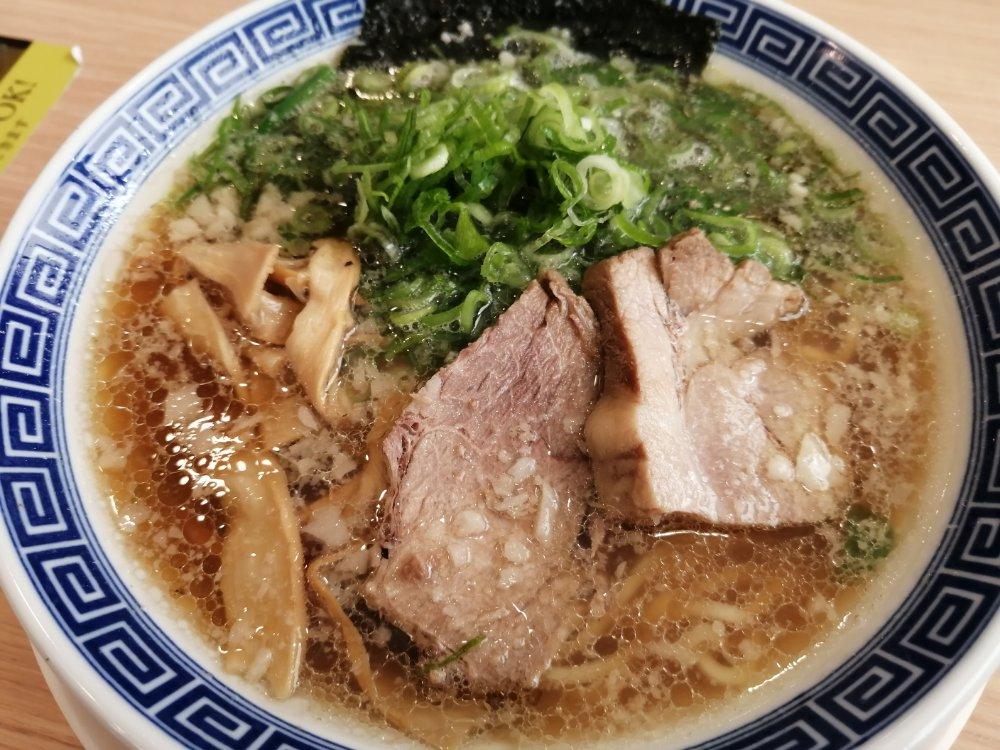 ラーメン大志軒の本丸醤油麺