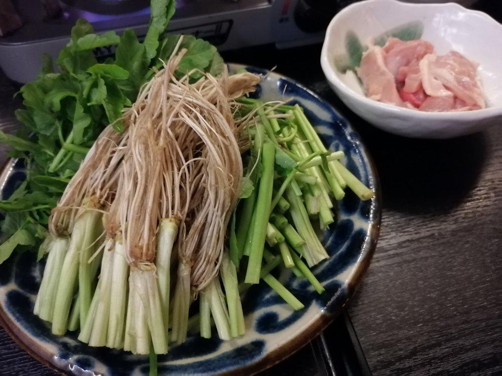 蔵の庄のセリ鍋
